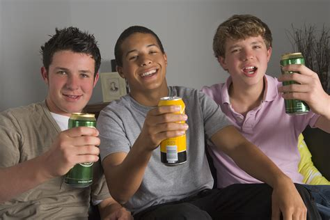 5 Reasons Why Teens Abuse Drugs and Alcohol. Understand the Motivation So You Can Stop It.