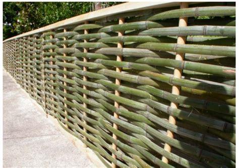 desain gambar anyaman inspirasi desain unik pagar rumah dari bambu page 4