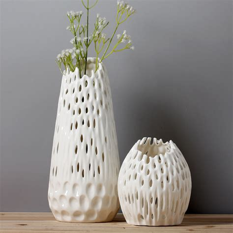Ceramic Vases For Centerpieces by Vases Astonishing Ceramic Vases For Centerpieces White