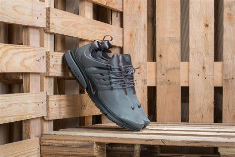 Sepatu Nike Presto Utility Low Grey nike air presto low utility grey grey anthracite footshop