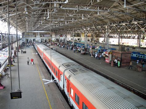 Stock Pictures: Mumbai Central Railway Station