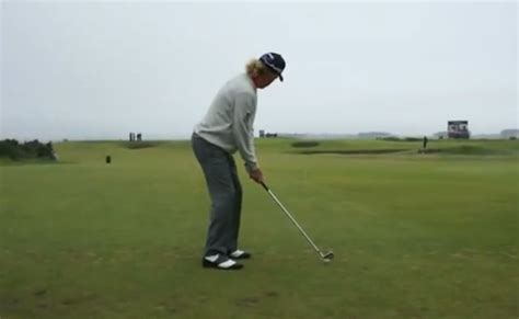 miguel angel jimenez golf swing la posture de miguel angel jimenez avant un swing de golf