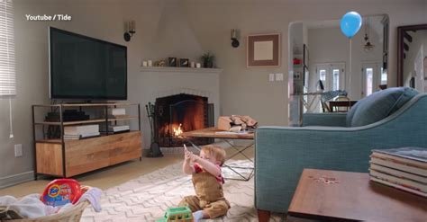 living picture new tide advert asks parents to spot dangers to child in a