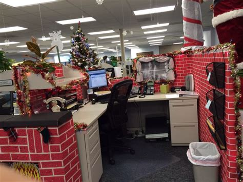 christmas decorations at work 40 office decorating ideas all about