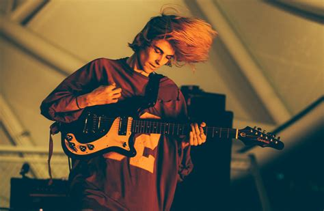 lyrics diiv diiv pictures metrolyrics
