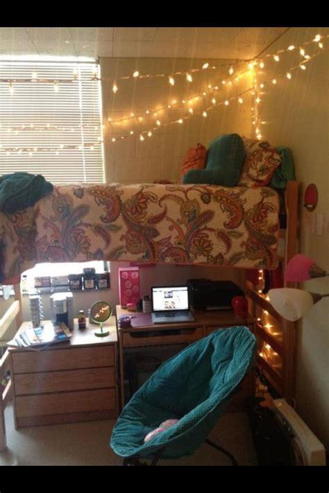 cute dorm room ideas cute dorm room love the lights