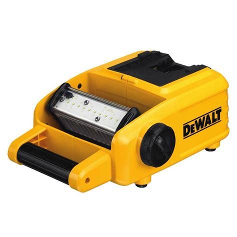 dewalt 20v area light dewalt dcl060 18v 20v max lithium ion ac power led area light