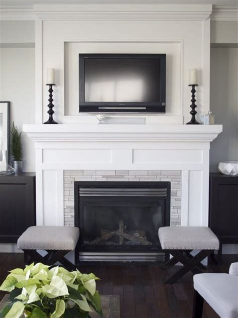 putting a tv a fireplace 25 best ideas about tv above mantle on tv above fireplace family tv and small