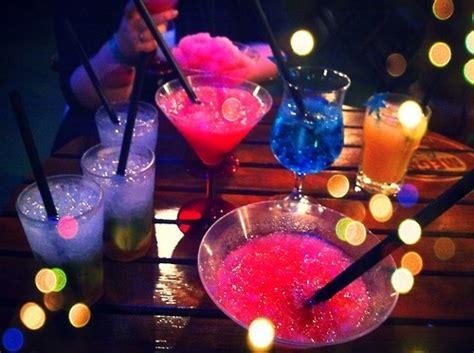 easy   cocktails  home    hard  resist