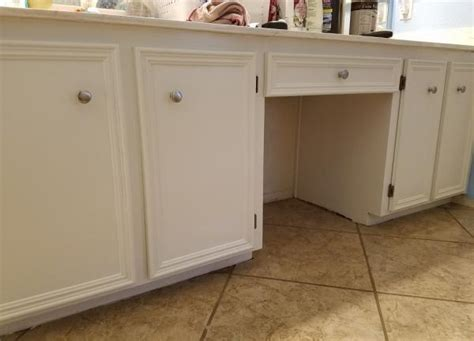 do it yourself cabinet painting bathroom cabinet sticky after painting doityourself com