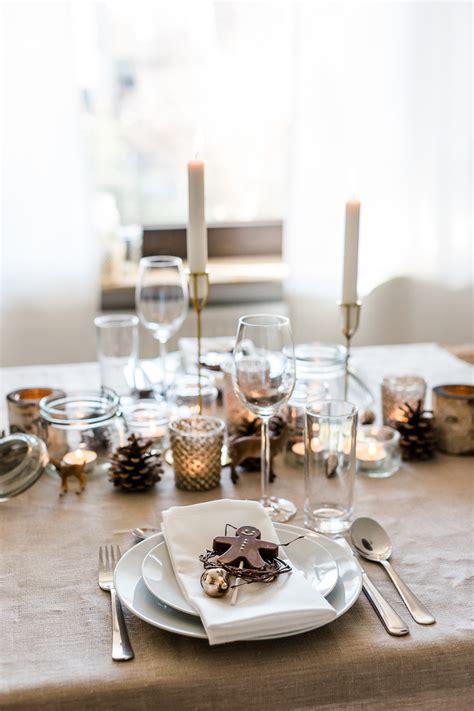 weihnachtliche tischdekoration weihnachtliche tischdekoration mit lebkuchenmann aus