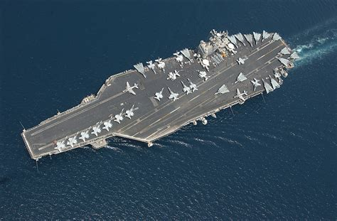 airplane carrier file us navy 040422 n 3653a 036 the aircraft carrier uss george washington cvn 73
