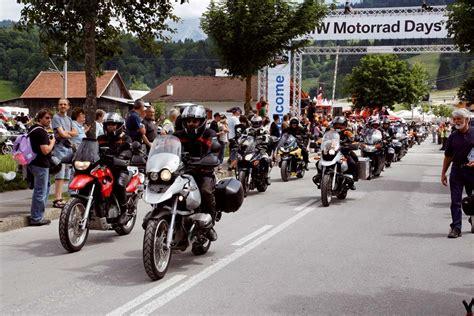 Bmw Motorrad Days M Nchen by Bmw Motorrad Days 2008 Partystimmung Mit Motorradfans Aus