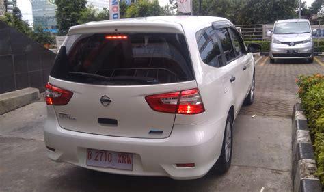 Cermin Belakang Nissan Grand Livina kredit murah nissan datsun jakarta dealer nissan datsun perbedaan nissan grand livina antar tipe