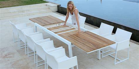 tavoli da giardino allungabili in legno tavolo allungabile da giardino in alluminio e legno baia