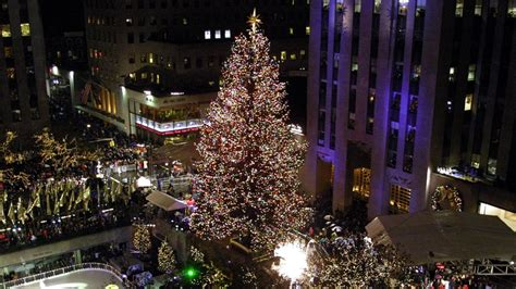 watch the 2016 rockefeller christmas tree lighting live