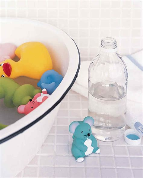 Cleaning Baby Bathtub by How To Clean Baby Bathtub With Vinegar Image Bathroom 2017