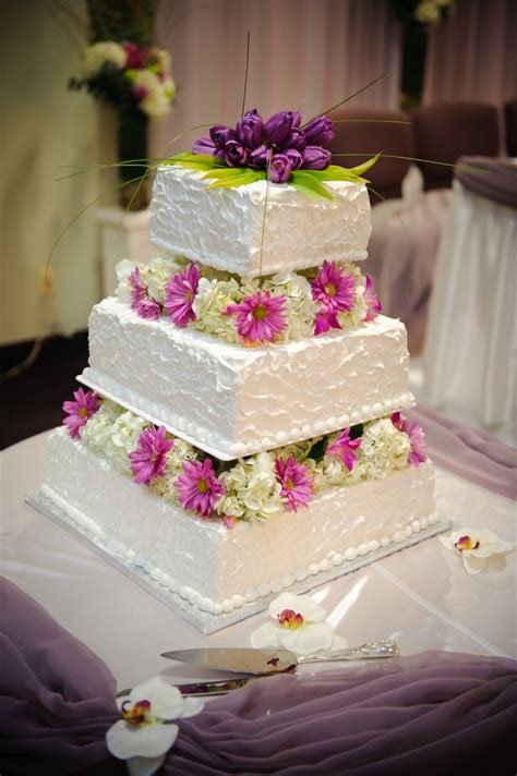 Fresh Flower Wedding Cake by 301 Moved Permanently