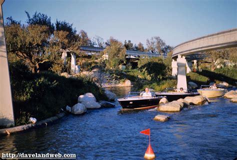 motorboat cruise daveland disneyland motor boat cruise photos