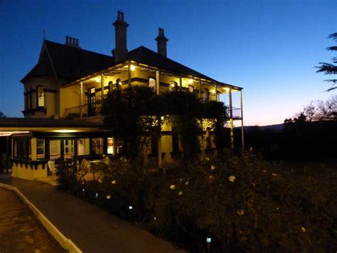 Airlie House Motor Inn Restaurant Hotels Murulla Airlie House Accommodation