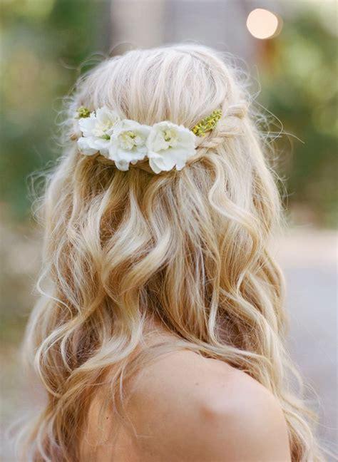 16 stunning half up half wedding hairstyles weddingsonline