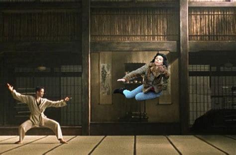 Scarlett Johansson Meme - this scarlett johansson falling down meme is so funny 45