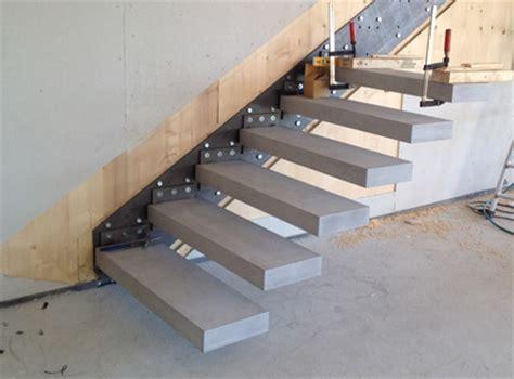 Exterior Concrete Cantilevered Stair Frontal roomstone 174 exklusives aus sichtbeton freitragende kragstufentreppe kragarmstufen