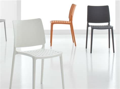 sedie bonaldo blues sedia in polipropilene by bonaldo design archirivolto
