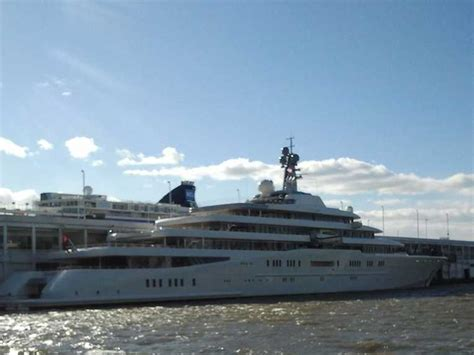 private boat party nyc prices here s how much roman abramovich paid to park his yacht in