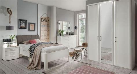 senioren schlafzimmer komplett elegante schlafzimmerserie in alpinwei 223 f 252 r senioren