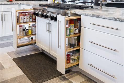 the kitchen cabinet company transitional kitchen the legacy cabinet company