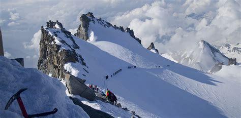 gran paradiso trek  mountain