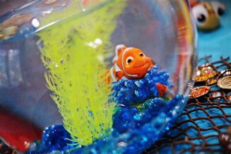 finding nemo fish bowl centerpiece diy project 6