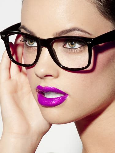 Should Wear Mascara by What Makeup Should You Choose If You Re Wearing Glasses