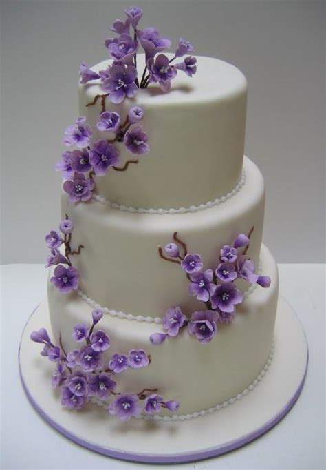 Wedding Cakes With Yellow And Purple Flowers by Purple Wedding Cake Wedding Stuff Mariage