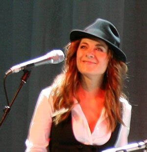 sister website the tour 2008 band of leonard cohen