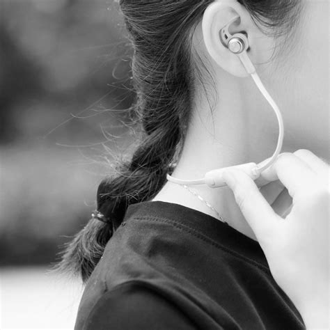Baseus Earphone Bluetooth Magnet B11 baseus licolor magnet bluetooth 4 1 earphone headset white