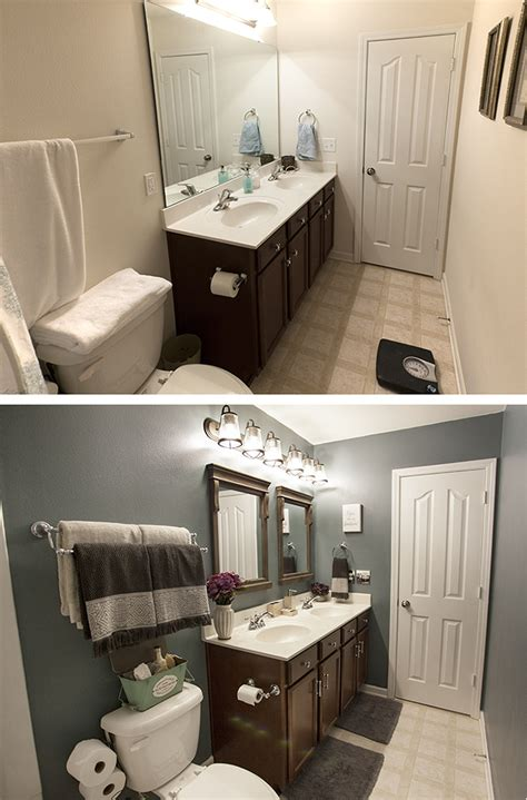 Easy Bathroom Makeovers by Bathroom Makeover On A Budget The Home Depot