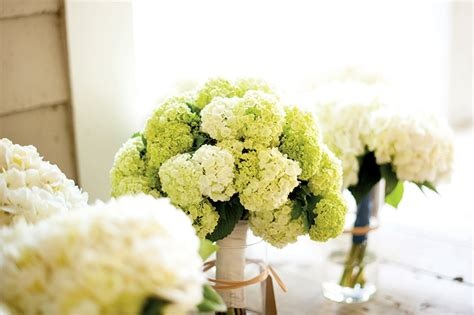 Weddingku Dp by Add Some Greenery To Your Bouquet Weddingku