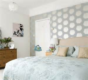 bedroom wallpaper for an attractive look room