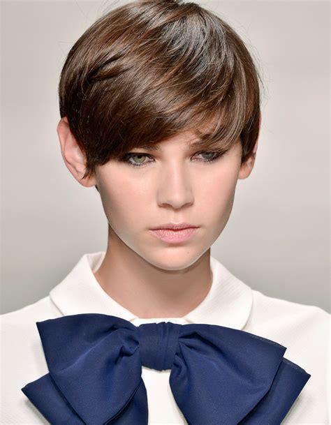 Coiffure De Cheveux Court coiffure soir 233 e cheveux courts 40 coiffures de soir 233 e
