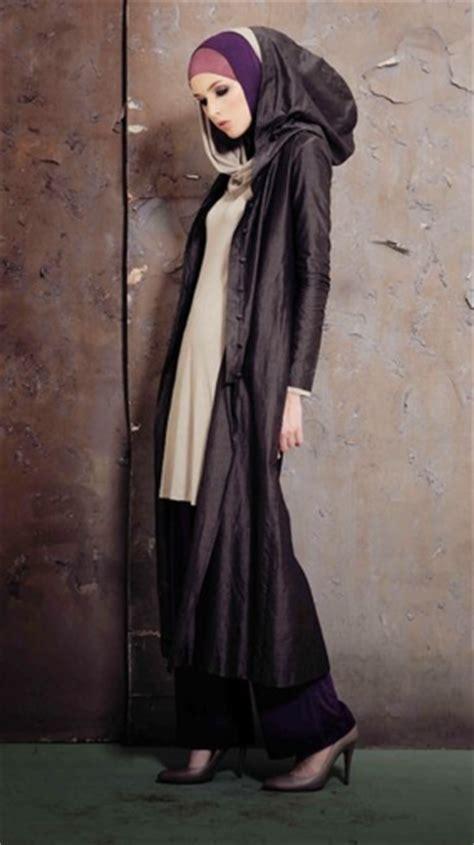 Busana Muslim Wanita Livia Hoodie Maxi pintar pakai jilbab busana muslim nuansa khas eropa timur