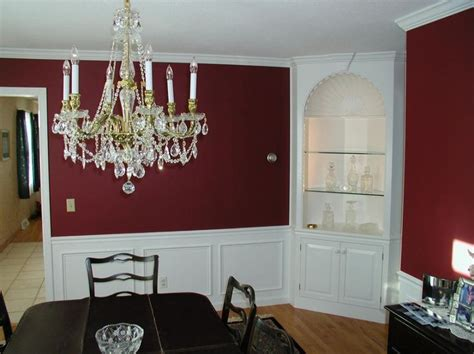 25 best ideas about maroon walls on maroon room maroon curtains and striped wall