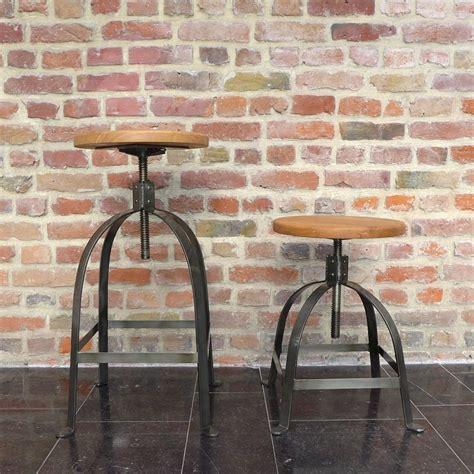 Tabouret A Vis by Tabouret De Bar Industriel 224 Vis Henri Ford Par Drawer Fr