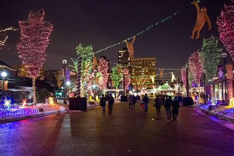 zoo lights 2017 chicago everything you need to know about zoolights and holiday