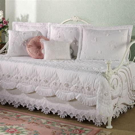 Jcpenney Bedding Tranquil Garden Daybed Cover Bedding Victorian Pinterest