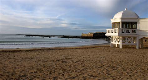 casas en cadiz playa playas de la ciudad de c 225 diz cadiz turismo