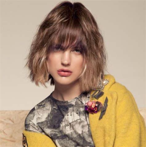per chi ama i capelli corti su capelli estetica it oltre 25 fantastiche idee su capelli corti asimmetrici su