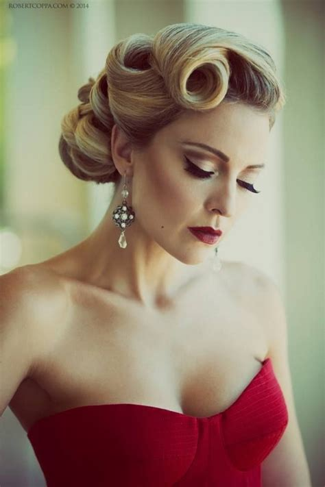 Vintage Wedding Hair Updos by 16 Seriously Chic Vintage Wedding Hairstyles Weddingsonline