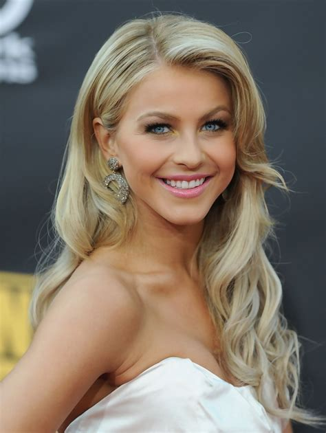 how to have julianne hough hairstyle julianne hough retro hairstyle julianne hough long